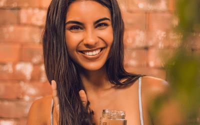 Aceite de Coco: ¿Por qué es el mejor para reparar tu cabello?
